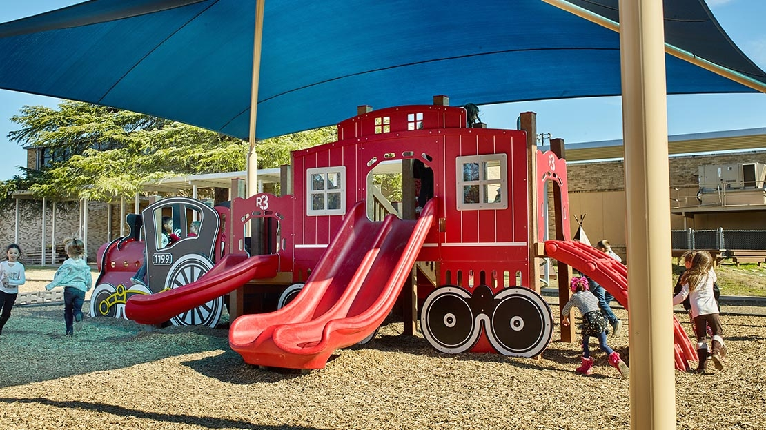 Train Themed Playground_0004_Wileman-Elementary-TX-Train-Structure-View 03